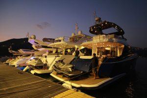 Asia Yachting hold's Hong Kong's first Evening Brokerage Boat Show_2