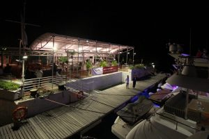 The Asia Yachting Evening Brokerage Boat Show was held on November 3 and 4 at the Aberdeen Boat Club Middle Island Facilities_3