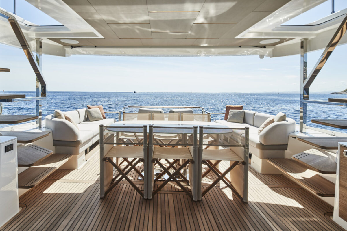 Full beam of the yacht enables the maximized space use on board